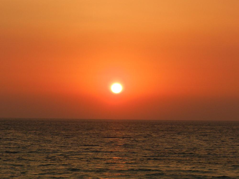 SUN @ SEA
